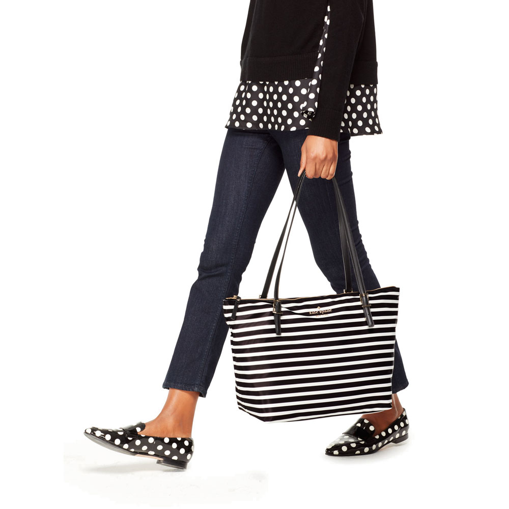 Kate Spade Tote With Gift Bag Watson Lane Maya Shoulder Bag Black / Off White Stripes # PXRU7664